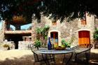 Masia la Pineda Bed and Breakfast