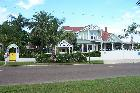 Sea Breeze Manor Bed and Breakfast Inn