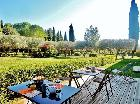 Villa de Labruguiere Lacoste Bed And Breakfast